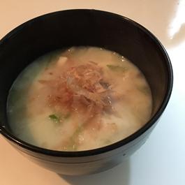 えのきと豆腐の豆乳入りみそ汁