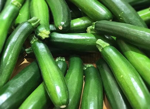 ヘルシーなズッキーニの美味しい食べ方と栄養