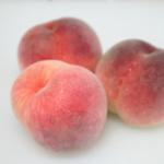 痛みを鎮め肌を美しく保つ桃