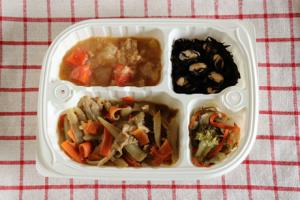 牛蒡と牛肉のカレーマヨネーズ弁当①