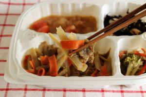 牛蒡と牛肉のカレーマヨネーズ弁当②