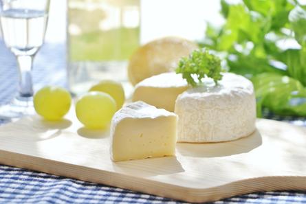 白カビチーズの特徴とおいしい食べ方