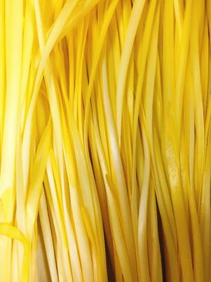 新鮮な黄ニラの選び方と保存方法