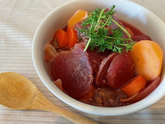 ボルシチ風ビーツのスープ